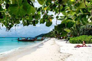Laem Tong Beach auf Koh Phi Phi