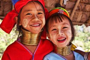 Der Norden von Thailand: Langhalsfrauen