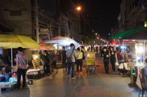 Der Nachtmarkt in Chiang Mai