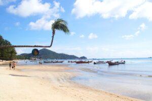 Der Sairee Beach auf Koh Tao