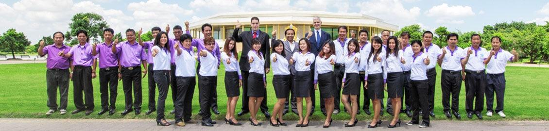 Das Team von Sri Siam Holidays vor Ort in Thailand