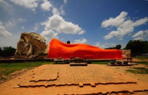 Wat Lokaya Sutharam in Ayutthaya