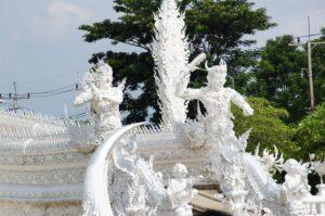 Anreise zu den Dämonen am Wat Rong Khun